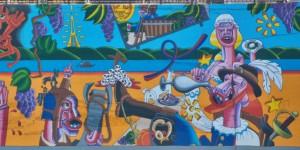 La fresque, observée par les élèves de la Filière Vin